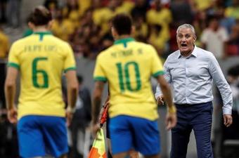 Brasil encara Uruguai na Arena da Amazônia, em Manaus. EFE/ Antonio Lacerda