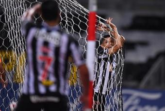 Ravanelli frustra a Atlético Mineiro. EFE