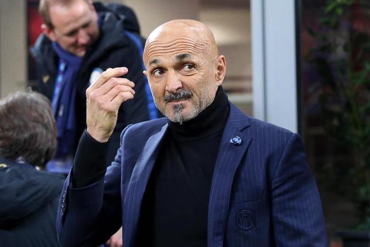 Spalletti quiere un mediocentro y un defensa. EFE