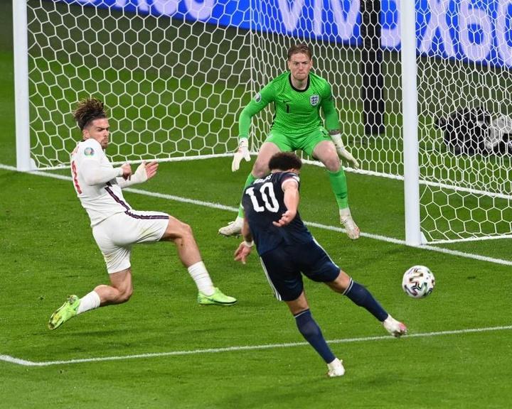 Nada de gol no clássico mais antigo do mundo. AFP