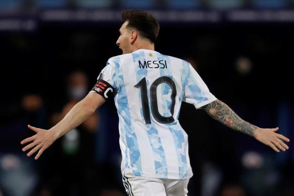 Messi abriu o seu coração. EFE/Fernando Bizerra