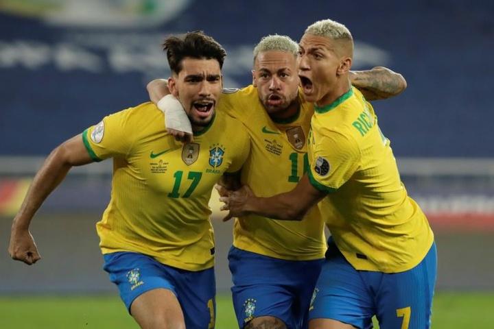A briga no ataque do Brasil na semifinal da Copa América.EFE
