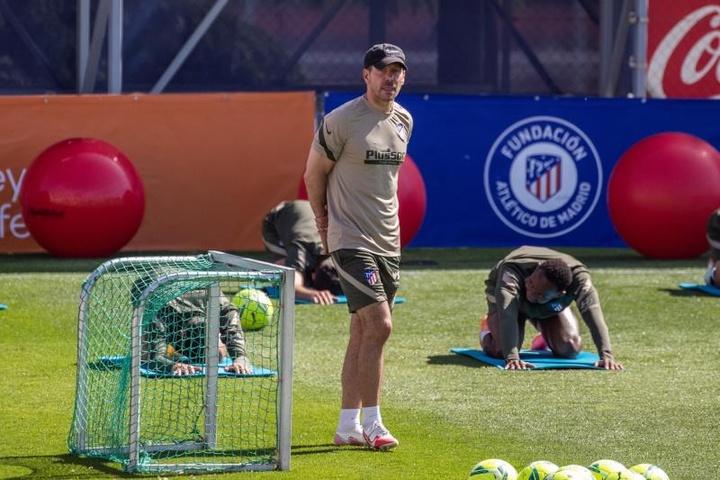 El Atleti, pendiente a Fede Oliva. EFE