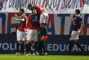 El Fluminense-Cerro Porteño, para agosto. EFE