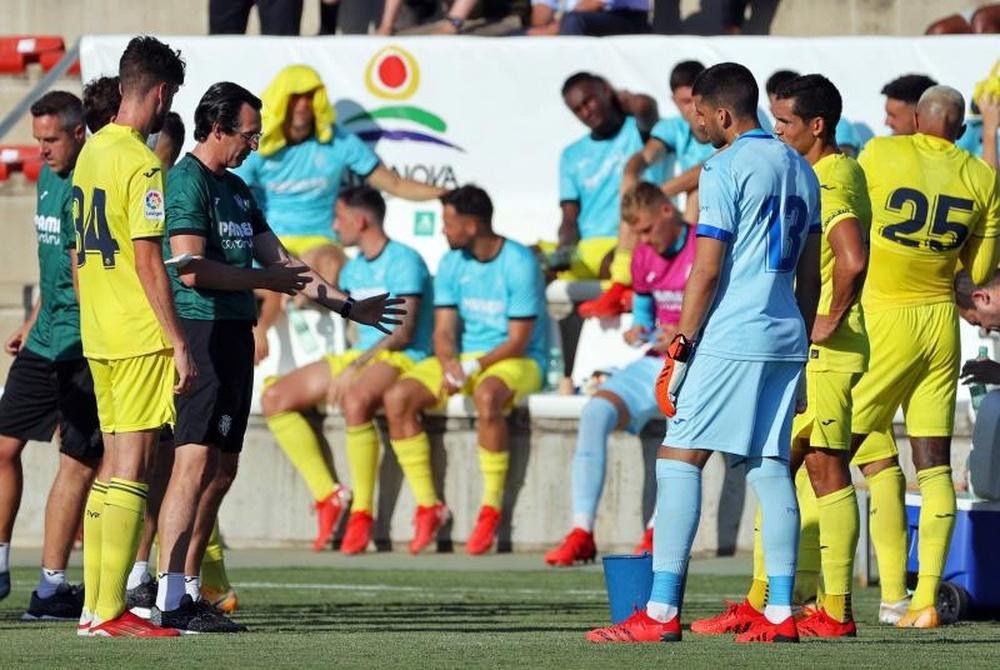 La afición del Villarreal puede quedarse fuera de la final. EFE