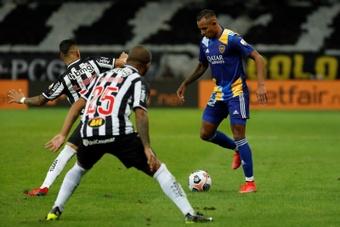Mineiro respondió a Boca y aseguró que les sacaron de la comisaría