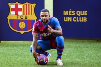 Memphis Depay will lead Barca's attack. EFE