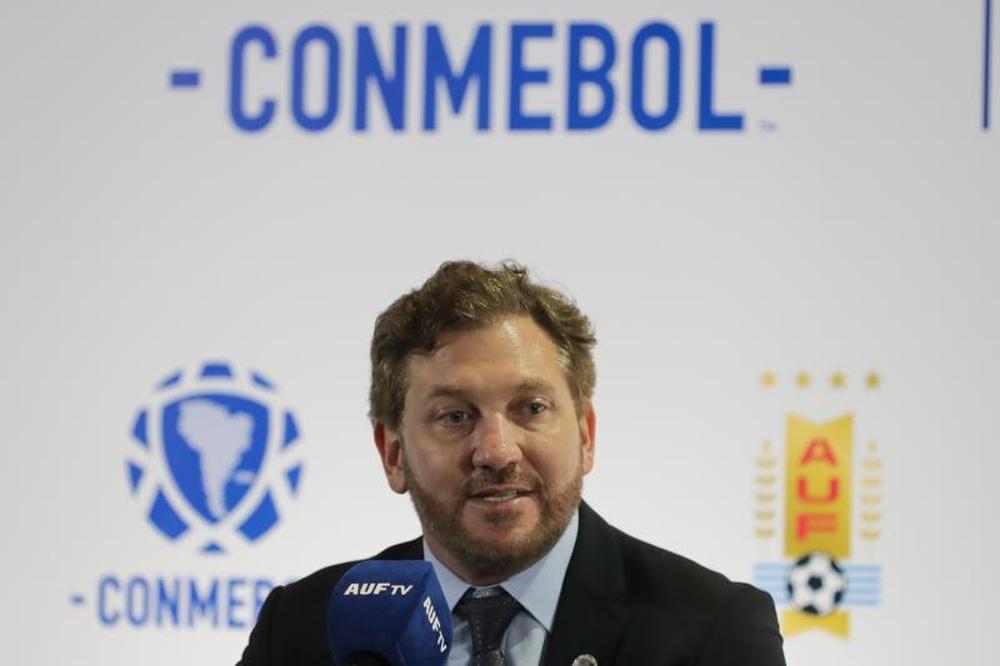 Alejandro Domínguez aseguró que la candidatura de Sudamérica al Mundial sigue adelante. EFE