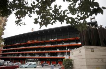 Mestalla acogió hinchas para el Trofeo Naranja. EFE