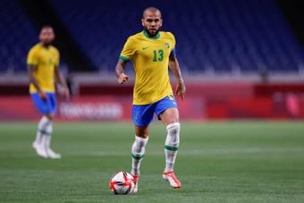 Daniel Alves tentará o ouro contra a Seleção Espanhola. AFP