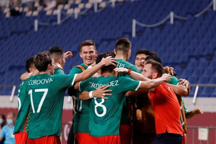 Report: Mexico 3-1 Japan. EFE