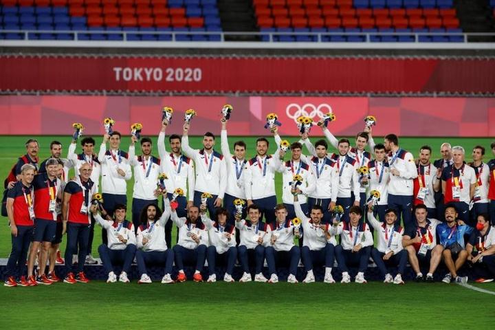 Homenaje a los medallistas tras su regreso a España. EFE