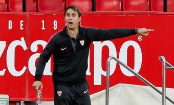 El Sevilla tendrá tres bajas casi seguras para medirse al Barça. EFE