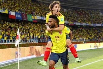 Colombia se impuso por 3-1 ante Chile. EFE