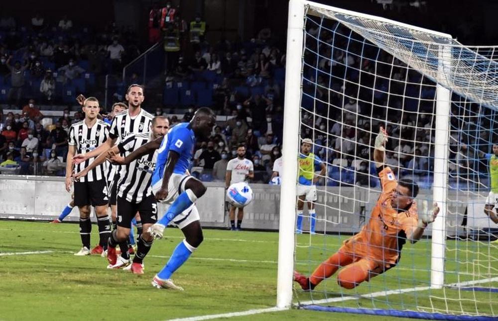 Il Napoli vince contro la Juventus. EFE