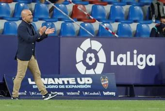 Paco López valoró en rueda de prensa el empate ante el Elche. EFE