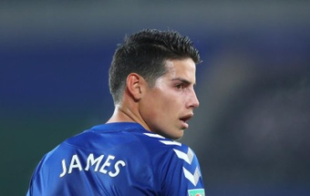 La prensa inglesa dijo adiós a James con duras críticas tras su paso por el Everton. EFE