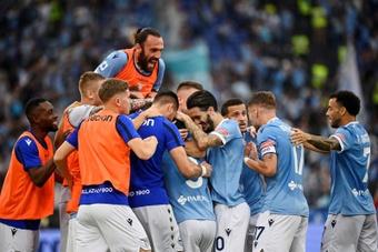La Lazio de Sarri domine la Roma de Mourinho. EFE