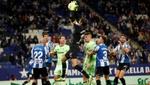 Un 'viejoven' Diego López impide que el Athletic duerma en Europa