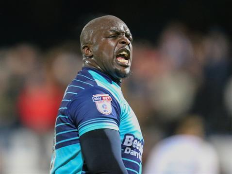 Akinfenwa anotó el gol de la victoria ante la 'cenicienta' de la FA Cup. WycombeWanderers