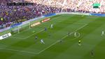 Zurdazo de Alaba para el 0-1 al más puro estilo Real Madrid