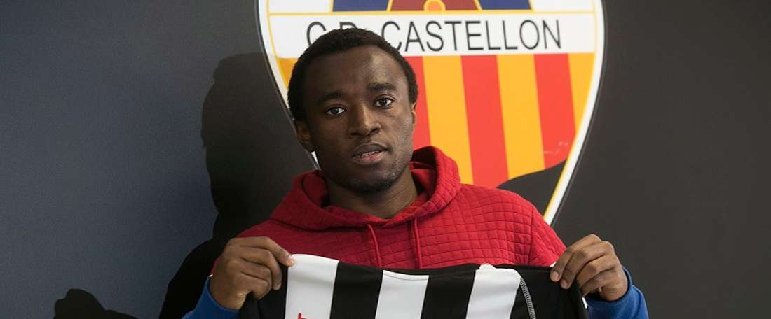 Ebwelle es nuevo jugador del Córdoba. CDCastellón