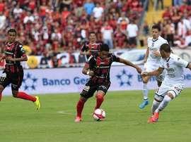 Saprissa mantiene su ventaja en el liderato de Costa Rica. Twitter