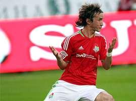 Alan Gatagov es nuevo jugador del Levadia Tallin. RPL