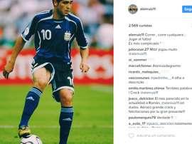 Alan Ruiz inspira-se em Riquelme. Instagram