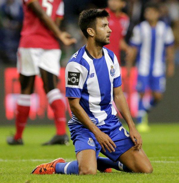 Bueno será jugador del Málaga. Twitter