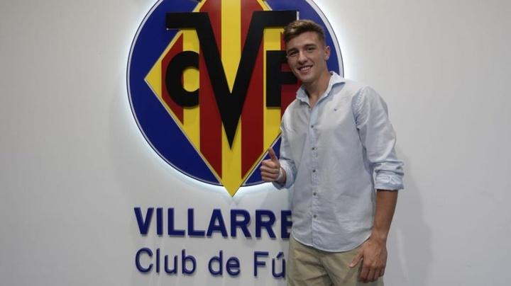 El Villarreal refuerza su filial con Alberto del Moral. Twitter/VillarrealCF