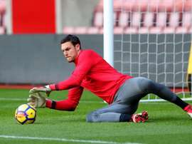 Alex McCarthy will stay at Southampton. AFP
