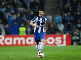 Telles está na mira de grandes clubes. Twitter@FCPorto