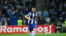 Alex Telles garantiu que a equipa não vai desistir da luta. Twitter@FCPorto