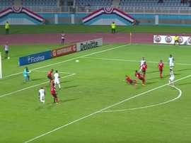 Alexander López anotó para Honduras el 0-1 en Trinidad y Tobago. Twitter