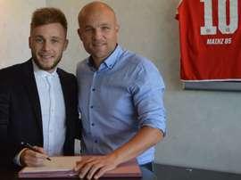 Alexandru Maxim reforzará el centro del campo en el Mainz 05. Mainz05_es