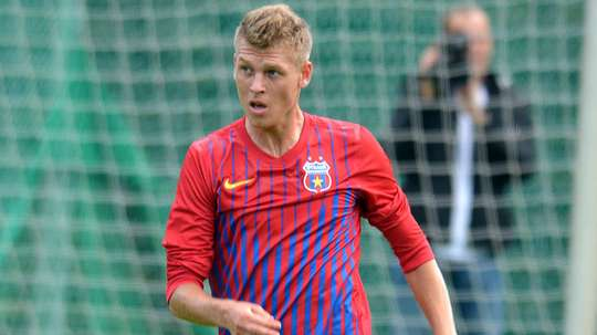 Alexandru Târnovan jugará cedido en el Universitatea Cluj. Twitter