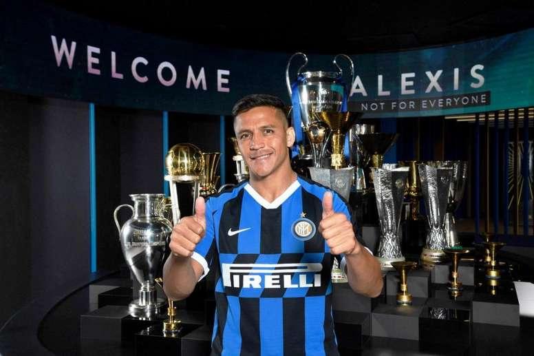 Alexis Sánchez pode voltar antes de janeiro. Twitter/Inter