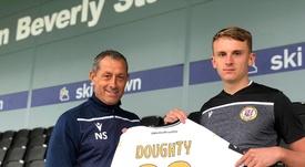 Doughty jugará en el Bromley hasta junio de 2020. Twitter/BromleyFC