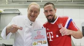 Schuhbeck cuida del Bayern, que no ha sufrido contagios. FCBayern