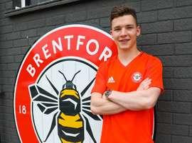 Llega Ali Coote al Brentford. BrentfordFC