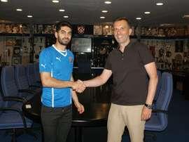 Ali Karimi, nuevo jugador del Dinamo de Zagreb. DinamoZagreb
