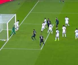 Ali Khaseif evitó el primer gol del Madrid. Captura/La1