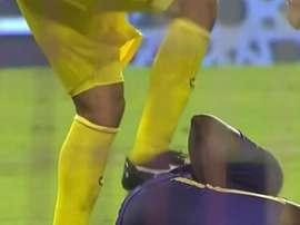 Ali Sarq perdió los nervios ante Asprilla con este pisotón. ESPN