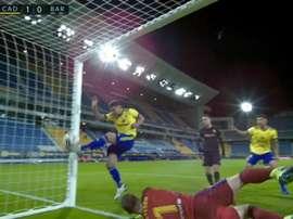 Álvaro Giménez put Cádiz up 1-0. Screenshot/MovistarLaLiga