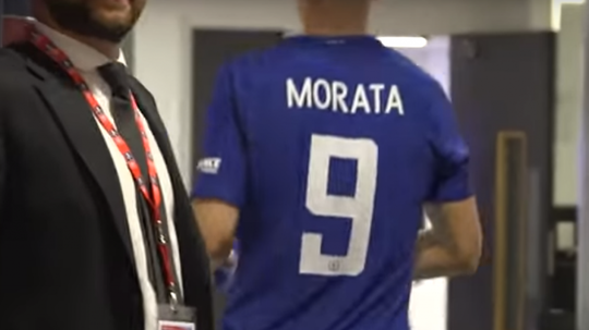 Morata showed his excitement with a foul-mouth tirade. Captura/YouTube