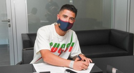 Sanz has penned a new deal. FCBarcelona