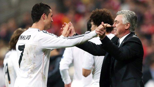 Carlo Ancelotti comandou o Real entre 2013 e 2015. Twitter