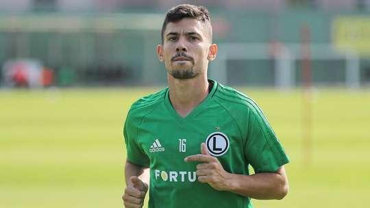 El portugués estaba sin equipo. Twitter/LegiaWarszawa