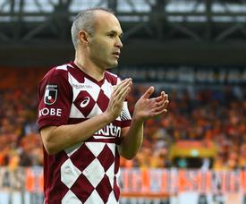 Iniesta refuse trois équipe de MLS. VisselKobe